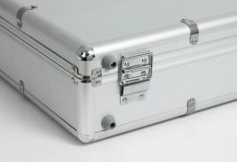 Spód walizki ekonomicznej