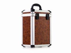 Kuferek ALUsmart na zamówienie z panelami o teksturze drewna